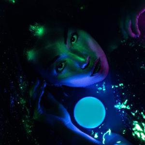 """Astrales"" : Chloé, signe d'air, Balance"
